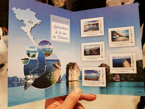 Pháp lưu hành bộ tem quần đảo Trường Sa của Việt Nam