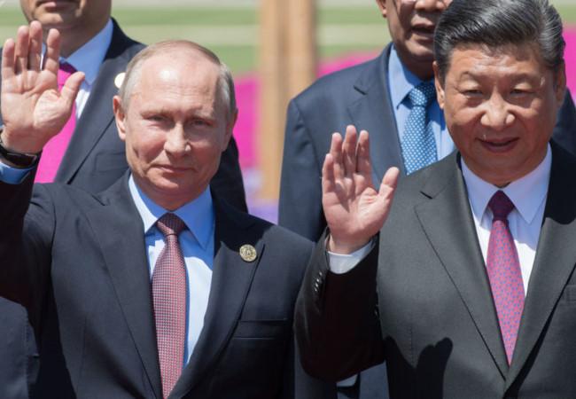 """Putin sợ Trung Quốc """"nuốt chửng"""" nền kinh tế Nga?"""