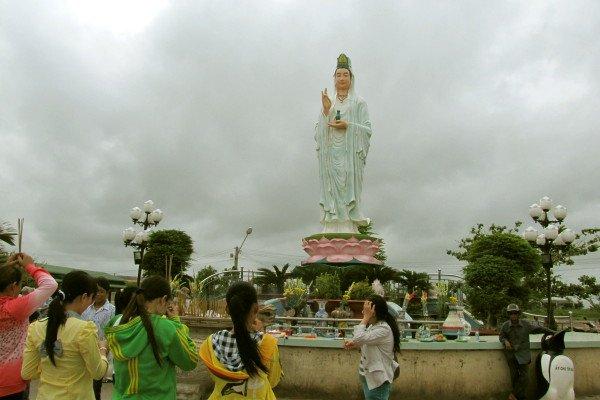 Quan âm Phật đài ở Bạc Liêu