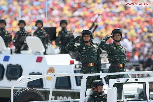 canh sat chong khung bo trung quoc tham gia le duyet binh hom 3/9 o bac kinh. anh:news.cn