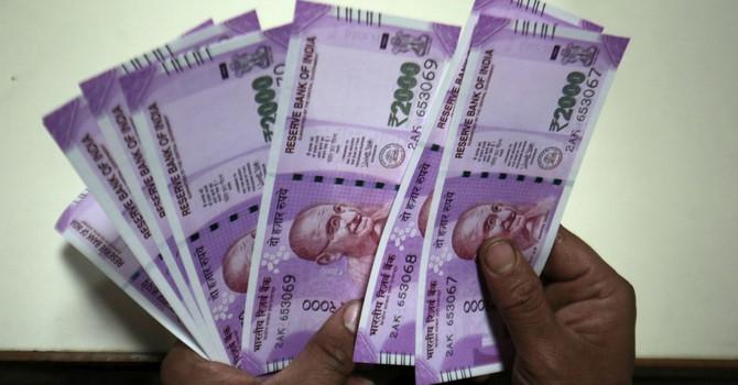 Vì sao Ấn Độ đối diện với khủng hoảng thiếu tiền mặt trầm trọng?