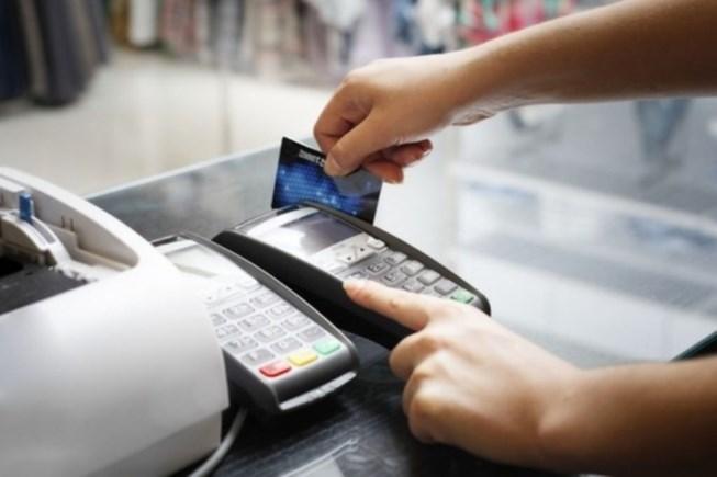 Người Việt thích thanh toán bằng tiền mặt, vì sao?