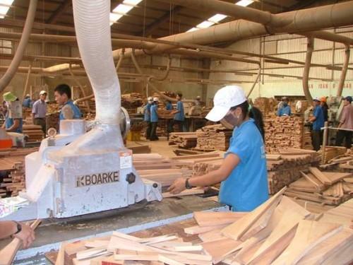 Sản xuất chế biến gỗ xuất khẩu: Nhận diện rủi ro trong hội nhập