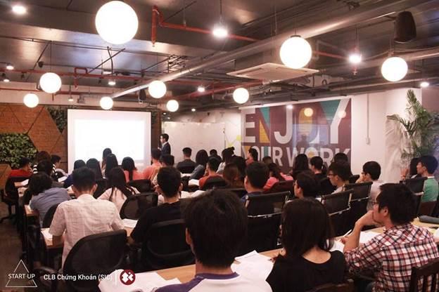 Khóa học Chứng khoán cơ bản START-UP 2017: 10 năm một chặng đường