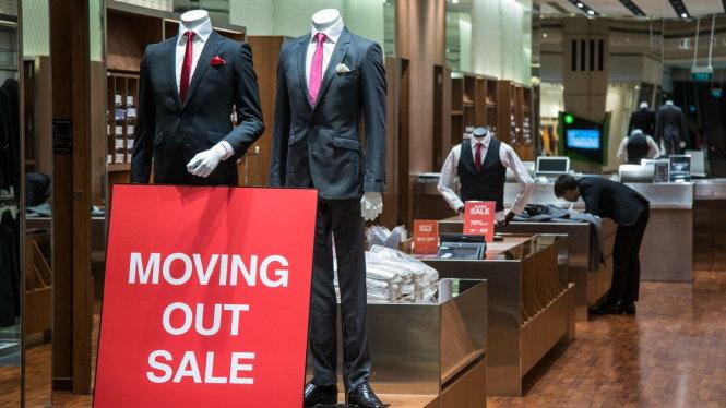 Hàng Trung Quốc khiến 'thiên đường mua sắm' Singapore hấp hối