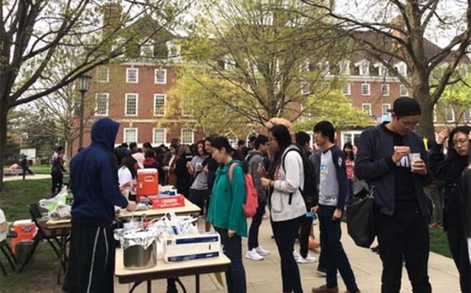 'Trật tự thế giới mới' của Trung Quốc:Sinh viên Trung Quốc khiến đại học Mỹ thay đổi