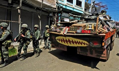 binh si philippines tham gia chien dich quan suo marawi.