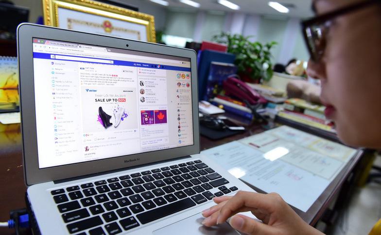 doanh thu quang cao truc tuyen tai vn cua facebook va google len den hang ngan ti dong moi nam - anh: quang dinh