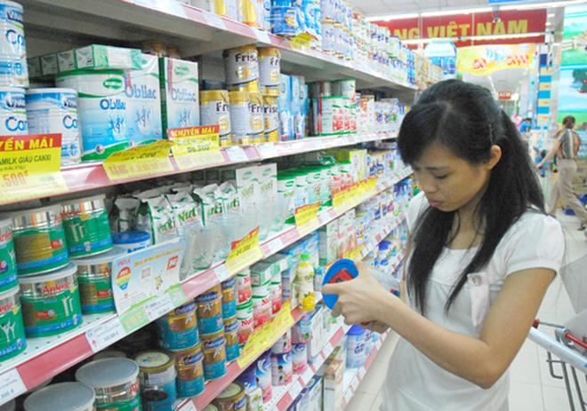 Bộ Công Thương từ chối việc quản lý giá sữa cho trẻ