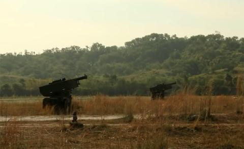 phao phan luc m142 himars trong tap tran voi philippines.