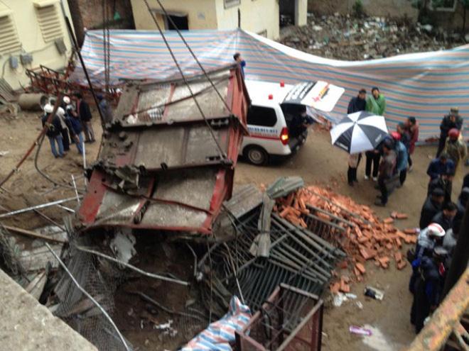 Tai nạn thang vận làm 3 người tử vong tại Hà Nội: Đâu là trách nhiệm của người sử dụng lao động?
