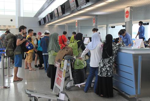 Tân Sơn Nhất trong tốp 10 sân bay tệ nhất châu Á