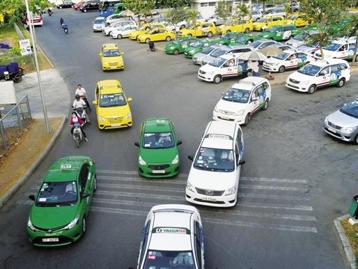 Thị trường Taxi: Ván bài lật ngửa