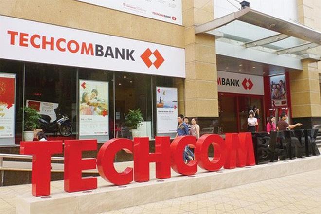 techcombank tang von dieu le them 5.000 ti dong cho co dong hien huu, tu 8.878 ti dong len 13.878 ti dong