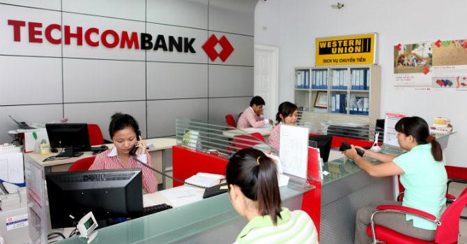 techcombank duoc chap thuan tang von dieu le len 13.878 ty dong - anh minh hoa.