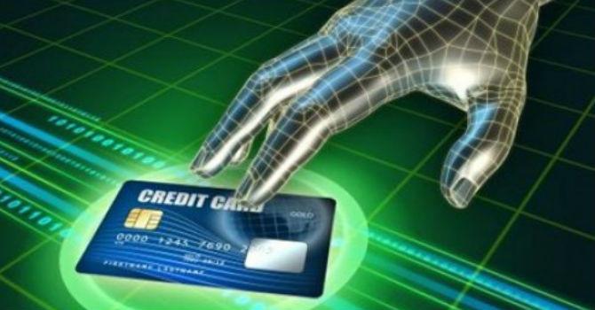 Cảnh giác tội phạm công nghệ cao ngân hàng: Hãy nắm chặt thẻ của mình