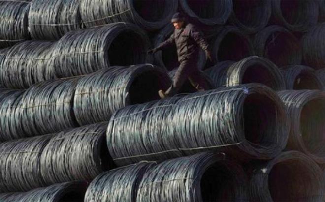 Sản lượng thép đi xuống, điềm xấu với kinh tế Trung Quốc