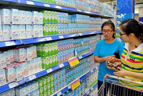 Thị trường sữa: Dễ nhầm lẫn vì tên sữa tù mù