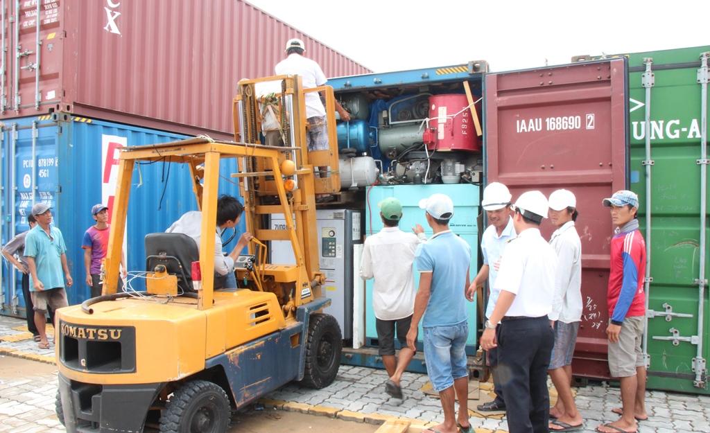 Nhập khẩu máy móc về Việt Nam 6 tháng đầu năm giảm nhẹ