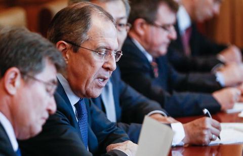 Xoay trục hướng Đông vì kinh tế, Nga dễ bị hóc?