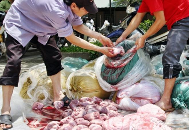 Thực phẩm bẩn: Trách nhiệm của ai?
