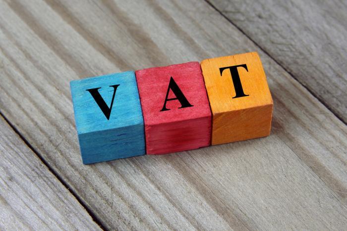 PGS-TS Ngô Trí Long: 'Tăng thuế có lợi trước mắt nhưng nhiều hệ lụy về lâu dài'