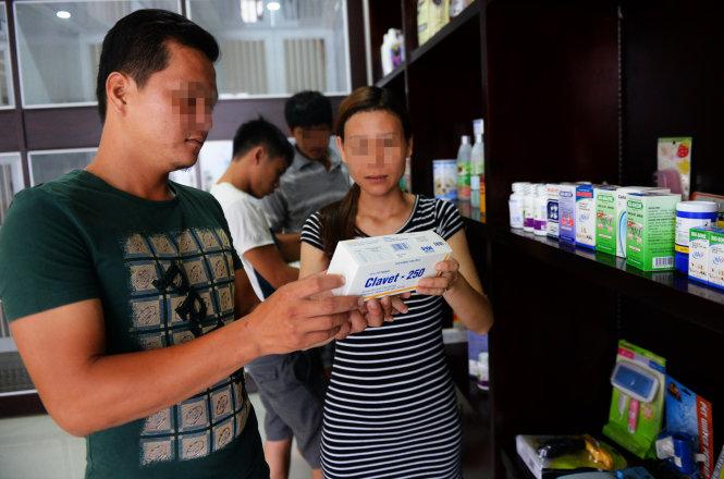 """Vụ """"Đầu độc thực phẩm bằng kháng sinh"""": Bảo vệ dân ra sao?"""