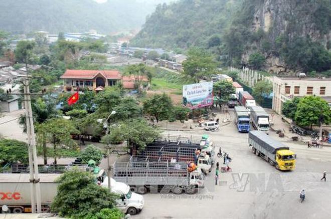 Thương mại Việt - Trung: Đạt 100 tỉ đô la Mỹ dễ, cân bằng thì khó