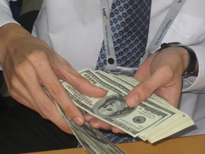 Tỉ giá trung tâm tiêu trừ dần đô la hóa