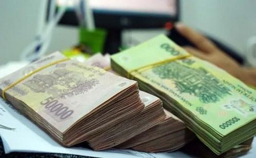 Chính sách tiền tệ nới lỏng quá mức có thể gây bất ổn về giá trong năm 2016