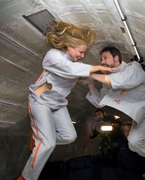 Những thử nghiệm không tưởng gây chấn động dư luận.  Kỳ cuối: Tình dục ngoài không gian
