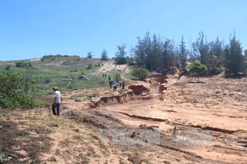 Nhiều bất cập trong quá trình khai thác titan tại Bình Thuận
