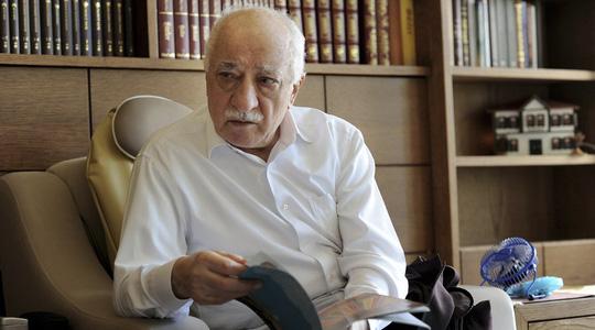 Giáo sĩ lưu vong Fethullah Gulen. Ảnh: Reuters