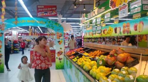 Trái cây nhập khẩu trong tay các nhà phân phối lớn
