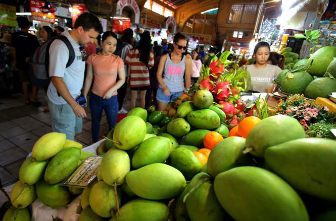 Phí vận chuyển 'đè' trái cây Việt