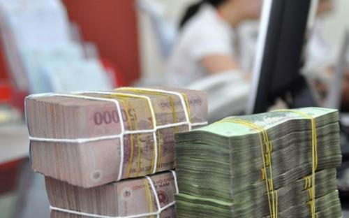 Bóp trái phiếu, phình tín phiếu