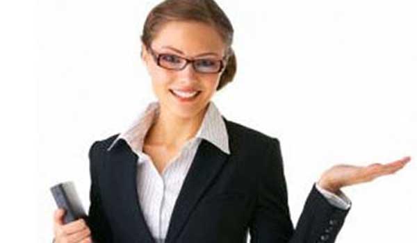Cách mặc trang phục công sở như một nhà quản lý cấp cao
