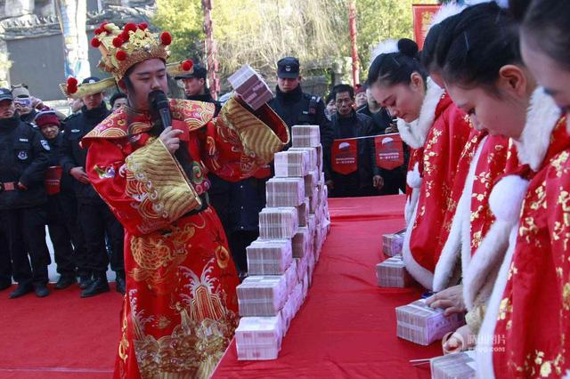 5 trieu nhan dan te duoc chuan bi cho dip tri an khach hang