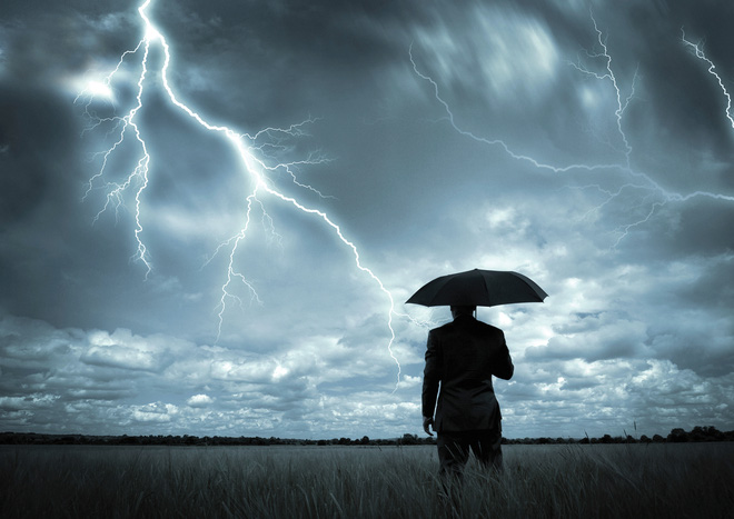 """Triển vọng các ngành kinh tế năm 2016: Tìm cơ hội trong """"giông bão"""""""