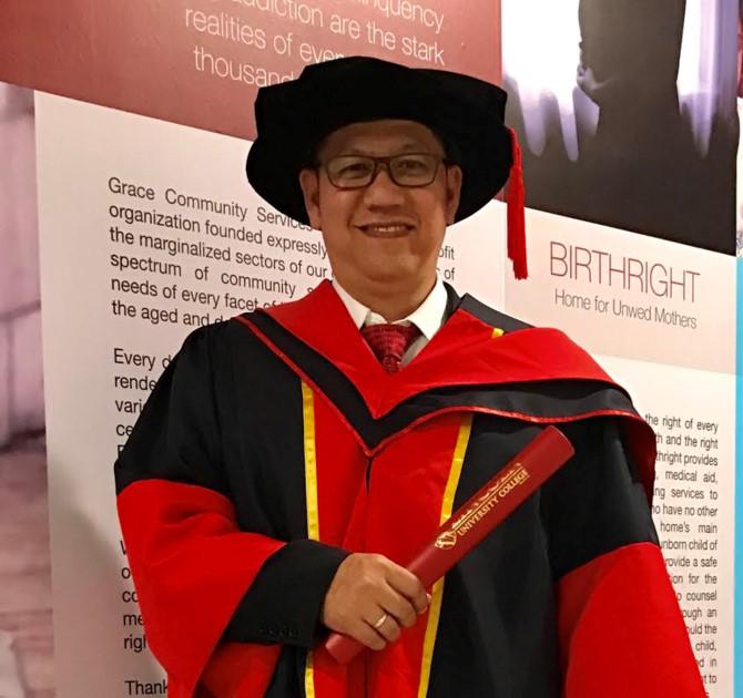 "ts. johnny nguyen hoang hiep tung hoan thanh luan an tien si ""tu duy lanh dao va su thay doi cua to chuc trong qua trinh tai co cau dnnn tai viet nam""tai truong lincoln university college - malaysia."