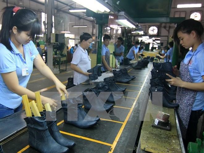 Nỗi buồn giày Việt: Nhập 90% nguyên phụ liệu, xuất xong tiền vào túi ông chủ Đài Loan, Hàn Quốc