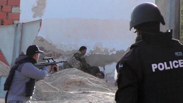 giao tranh dam mau o bien gioi tunisia va libya lam it nhat 53 nguoi chet - anh: scoopnest