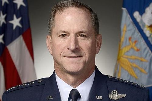 tuong khong quan my david goldfin. anh:us. air force