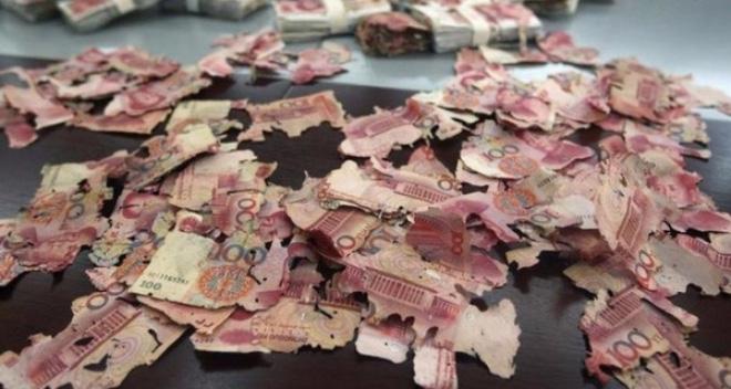 Tỷ giá trung tâm, Chứng khoán giảm sốc và thế tiến thoái lưỡng nan của Trung Quốc