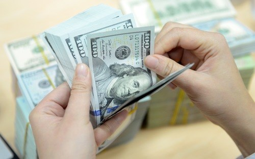 Ngân hàng Nhà nước tăng tỷ giá thêm 1%, nới biên độ tỷ giá lên 3%