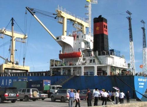 Tiềm năng vận tải ven biển: Vẫn còn đó những thách thức