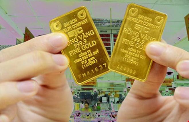 """SJC """"chảnh"""" với vàng 1 chữ, NHNN khuyến cáo người dân bình tĩnh"""