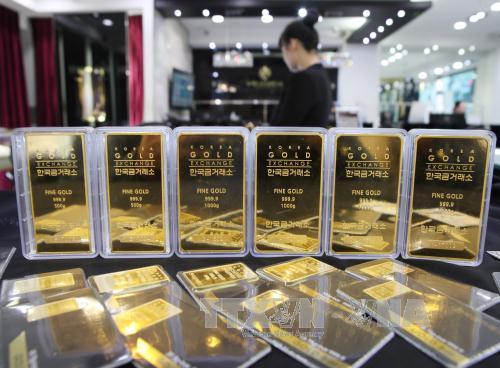 Giá vàng tăng gần 8% trong nửa đầu năm 2017