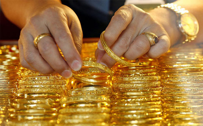 """Vàng được nhà dự báo giá gọi là """"siêu anh hùng"""" năm nay"""