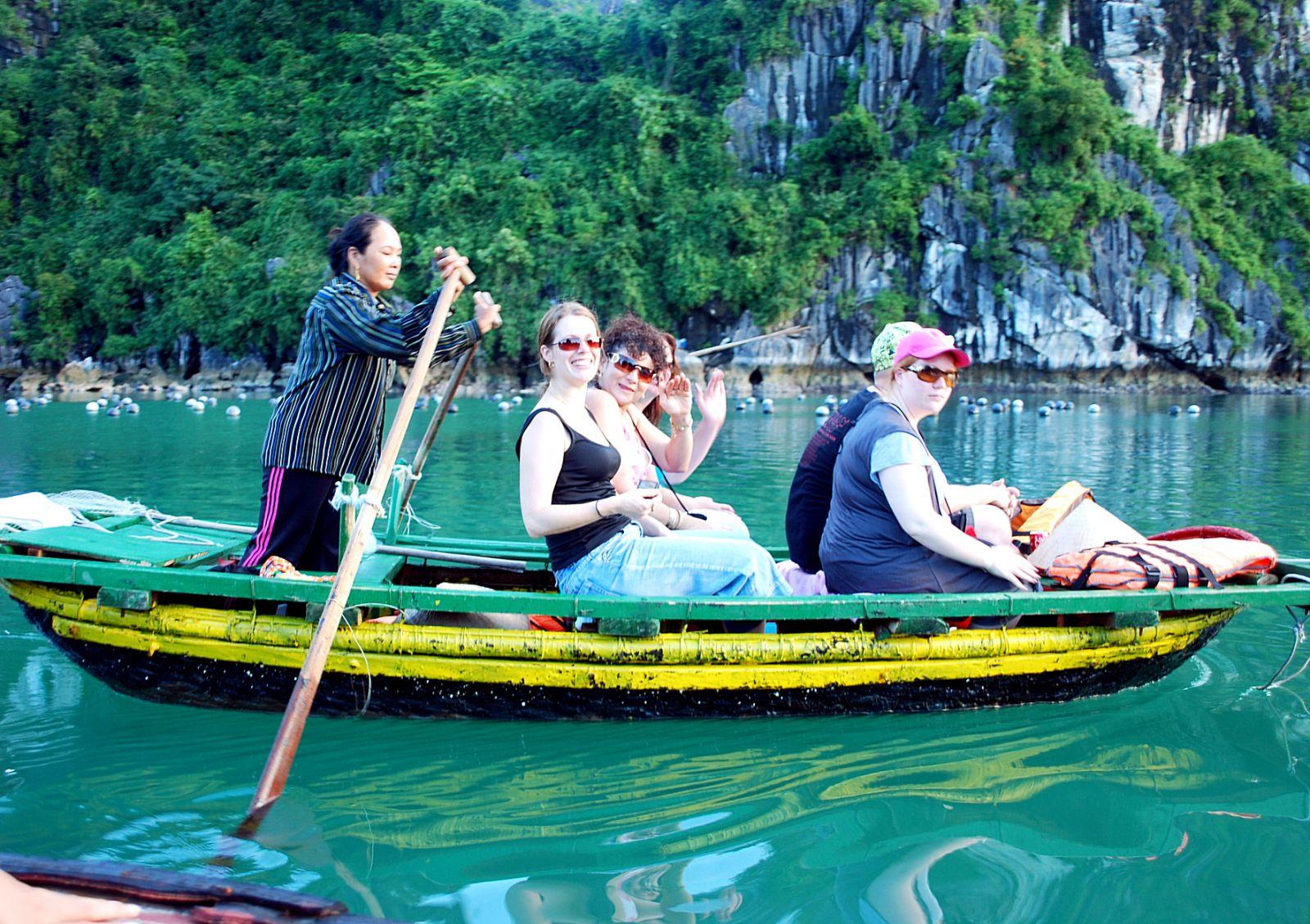 Cần 'cú hích' nào để du lịch Việt thu về 35 tỷ USD trong 3 năm tới?